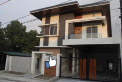 2 Storey House and Lot for sale in Commonwealth Quezon City